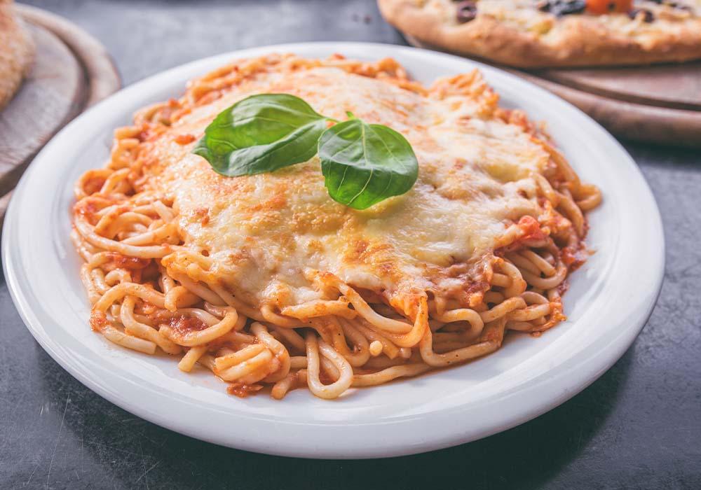 ספגטי ברוטב עגבניות מוקרם
